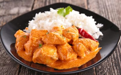 Chicken and rice with creamy Must Chup sauce